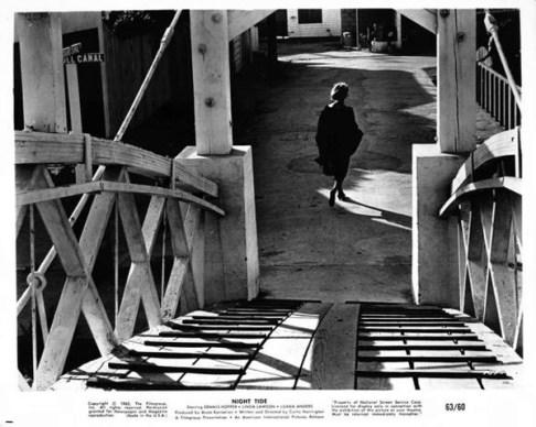 night-tide-production-still_6-1961