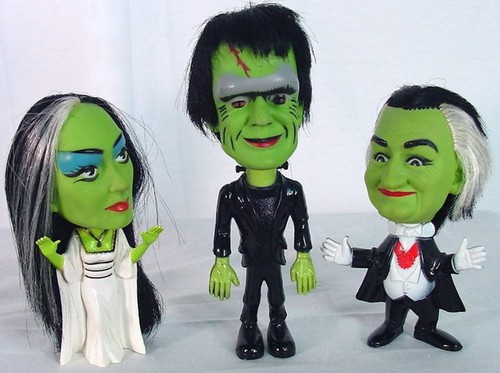 munsters-doll-figures