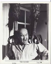 the vulture giant claws akim tamiroff