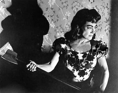 strait-jacket 1963 joan crawford axe murderer