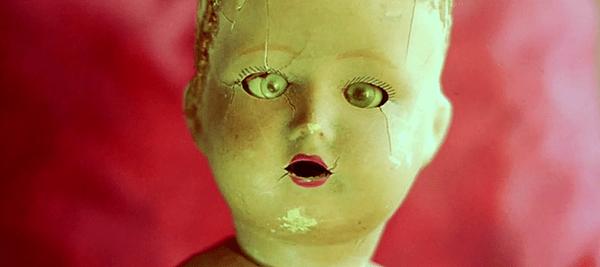 sonno-profondo-2013-giallo-doll