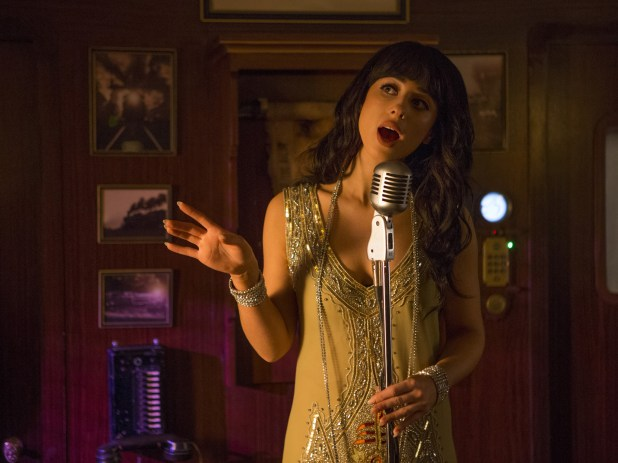 Doctor-Who-Mummy-on-the-Orient-Express-7