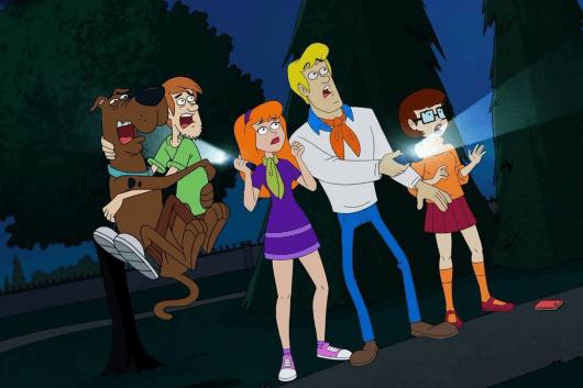 Be-Cool-Scooby-Doo-gang-flashlight