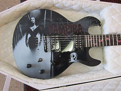 Vampira-Coffin-Case-guitar