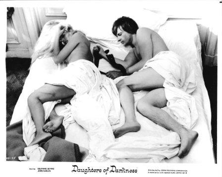 daughters-of-darkness-1971bed-scene