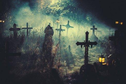 sherlock-holmes-vs-frankenstein-graveyard
