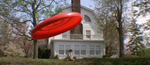 amityville-frisbee
