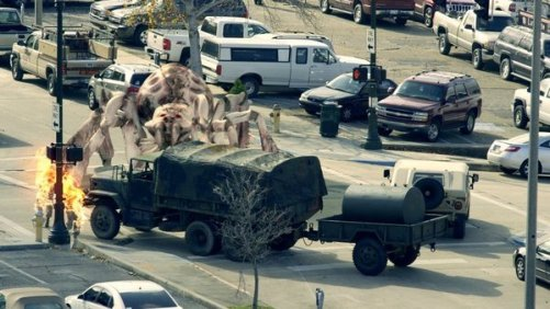 Arachnoquake 2012 - giant spider attacks army truck