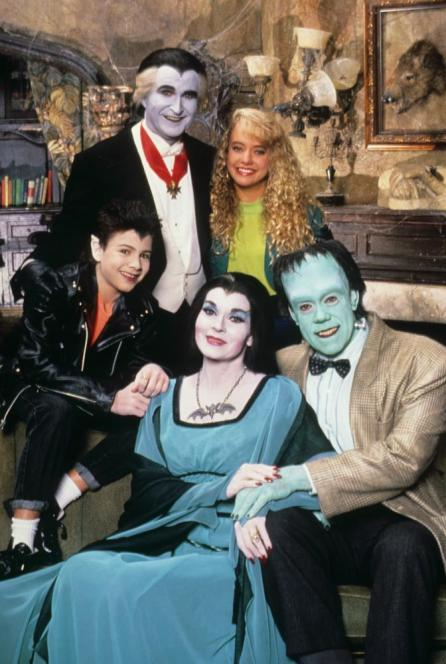 THE MUNSTERS TODAY, (clockwise from top left): Howard Morton, Hilary Van Dyke, John Schuck, Lee Meriwether, Jason Marsden, (1989), 1987-91. © MCA TV