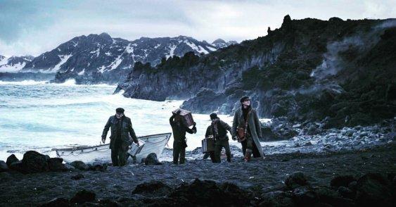 cold-skin-2017-antartica-shore