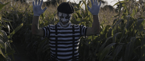 End-Game-2019-movie-film-British-survival-horror-Victor-Toth-mime