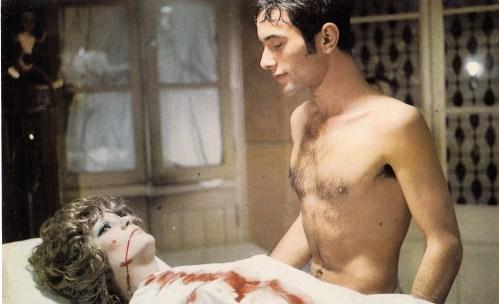 The-Killer-of-Dolls-Elasesino-de-muñeca-1975-Spanish-horror-movie-film-David-Rocha