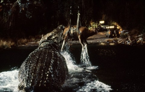 Lake-Placid-movie-film-horror-1999-reviews-crocodile-cow.jpg