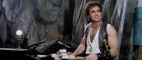Escape-from-the-Bronx-movie-film-Italian-sci-fi-action-1983-review-reviews-Antonio-Sabato