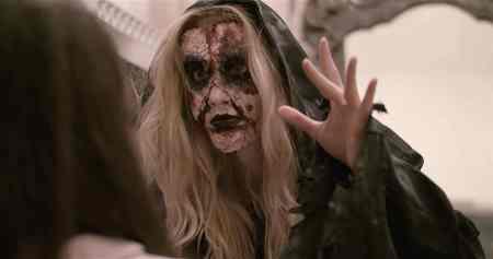 Summoning-Bloody-Mary-movie-film-horror-British-2021-Abi-Casson-Thompson