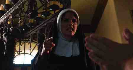 Lady-Usher-movie-film-2020-horror-thriller-review-reviews-Theresa-Santiago