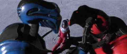 Moontrap-Target-Earth-movie-film-sci-fi-2017-Sarah-Butler-robots-review-reviews