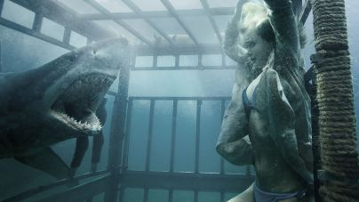 Shark-Night-3D-movie-film-action-horror-2011-review-reviews-3