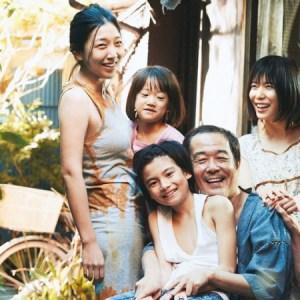 映画万引き家族|亜紀の仕事内容と4番さんとの関係とは?障害者と設定した理由とは?