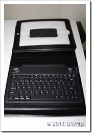 UWHS Review - Urban Factory Keyboard Black Sleeve for iPad 013