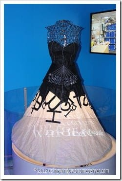 UWHS - Microsofts Printing Dress at CES 2012 - 1