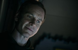 michael fassbender _ALIEN COVENANT