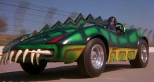 La voiture de Frankenstein à l'aspect reptilien