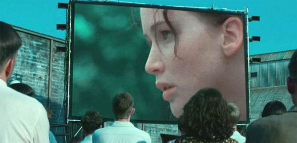 Jennifer-Lawrence-in-The-Hunger-Games-2012-Movie-Image-8-600x289