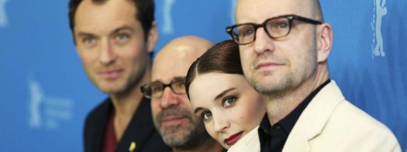Soderbergh and cast