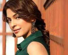 Man Sings Juhi Chawla's Songs At 5G Hearing,For Causing Disturbance, He Is Removed From The Hearing