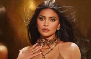 Kylie Jenner age-kylie Jenner nude images viral on social media