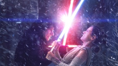 Adam Driver & Daisy Ridley in Star Wars: The Force Awakens