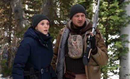 Elizabeth Olsen & Jeremy Renner in Wind River