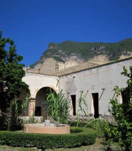 InsideExConventoBucareli - Ex Convento de Bucareli in der Sierra Gorda