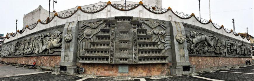 Papantla Monument web - Veracruz - Auf den Spuren der Vanille in Papantla