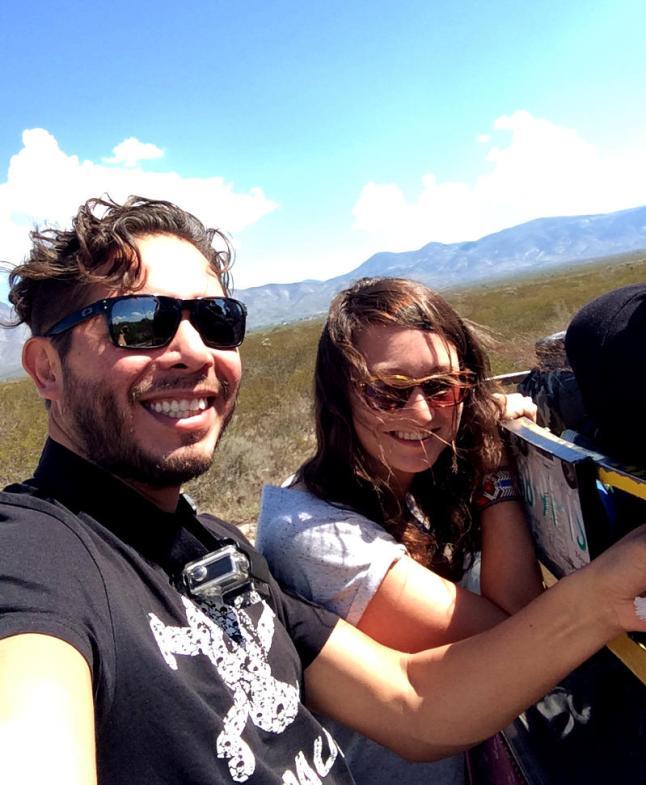 Wir bei einer Jeepfahrt durch die Wüste rund um Real de Catorce.