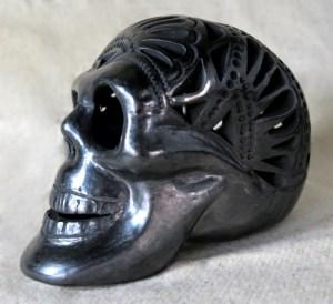 Skull large front - Totenschädel aus Barro negro