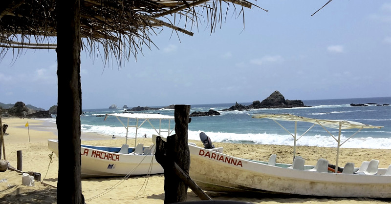 Mazunte Boote - Zwei Monate Mexiko - Meine Reiseroute