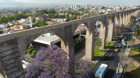 """""""Los Arcos"""" in Santiago de Querétaro, Mexiko"""