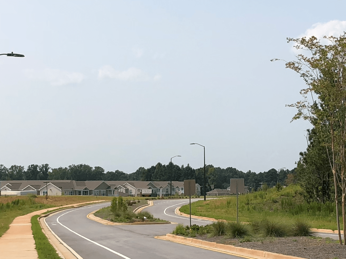 Photo of South Point Blvd, August 2018 (staff photo)