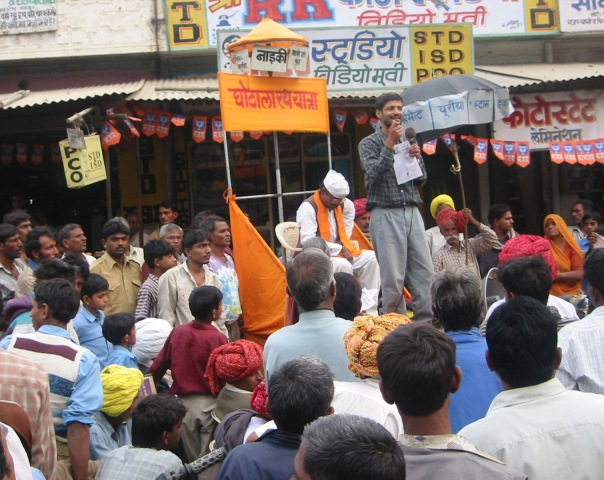 campaigning-for-clean-elections-in-rajastan-india.jpg