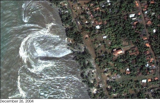 Tsunami waves lashing Kalutara beach on western Sri Lanka on 26 December 2004: satellite image courtesy DigitalGlobe Quickbird satellite, http://www.digitalglobe.com