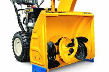 Cub Cadet 3X™ 28 & 24 inch Three-Stage Snow Blower Review 1