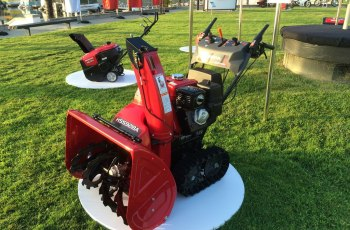 New 2015 Honda 2-Stage Snow Blowers - A First Look 15