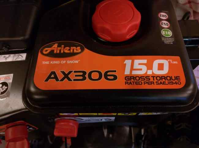 Ariens Deluxe 28 SHO AX306 Engine