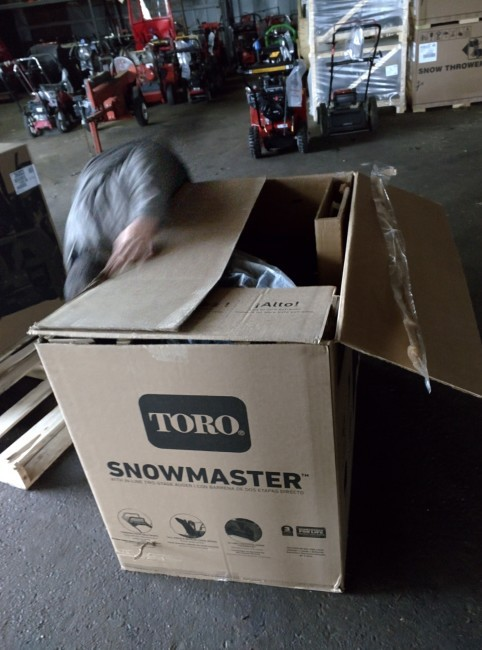 Toro SnowMaster unboxing