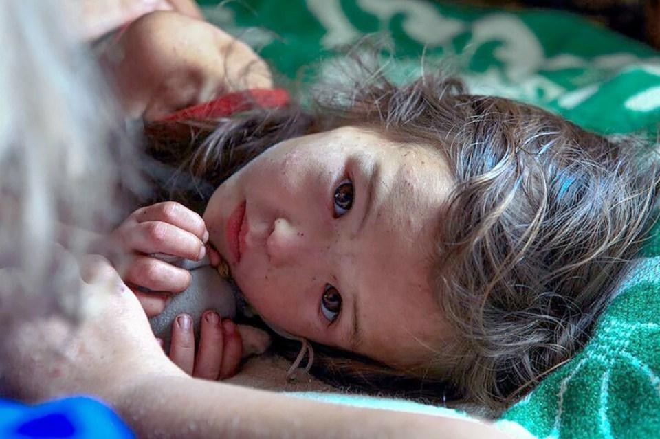 Une fillette qui a survécu 11 jours dans la forêt sibérienne.