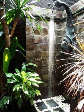 Douche exterieur - Moving Tahiti (2)