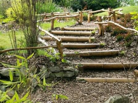 13.escalier-jardin-deco-bambou