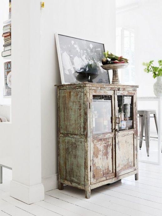 comment laquer une table en bois beautiful meuble tiroirs termin with comment laquer une table. Black Bedroom Furniture Sets. Home Design Ideas